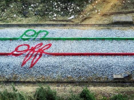 train on off art