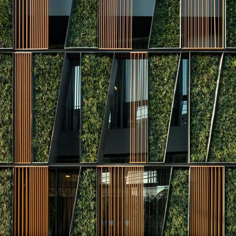 Green Facades Vertical Gallery 2