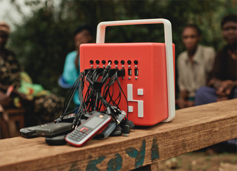 Mobile Solar PHone Charger