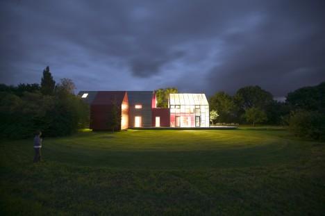 Transforming Houses Sliding 1