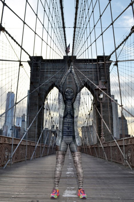 body paint brooklyn bridge