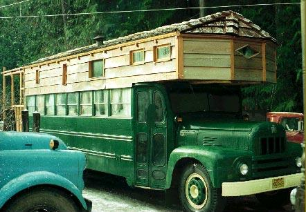 Roaming Homes 15 Diy Rvs Converted Buses Amp Tiny Houses