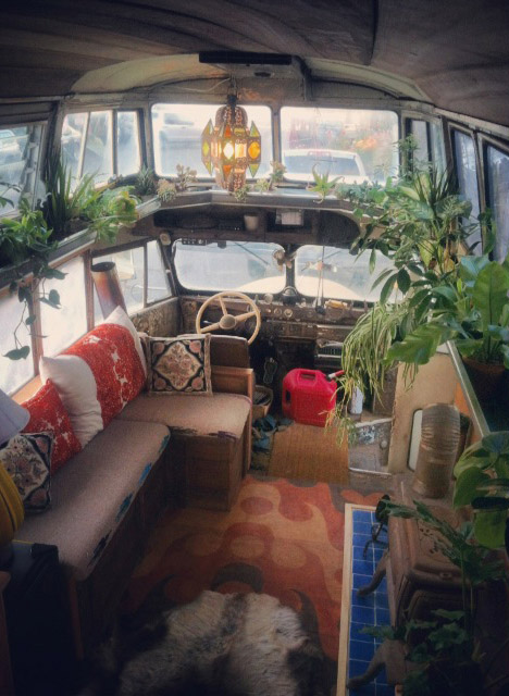 DIY Mobile Homes Handcrafted Bus 2