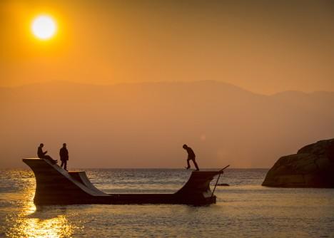 Floating Skate Ramp 2