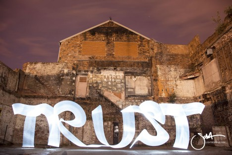 Sola Light Graffiti 2