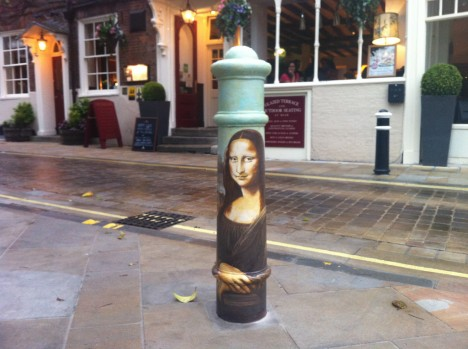Winchester Mona Lisa Traffic Bollard 1