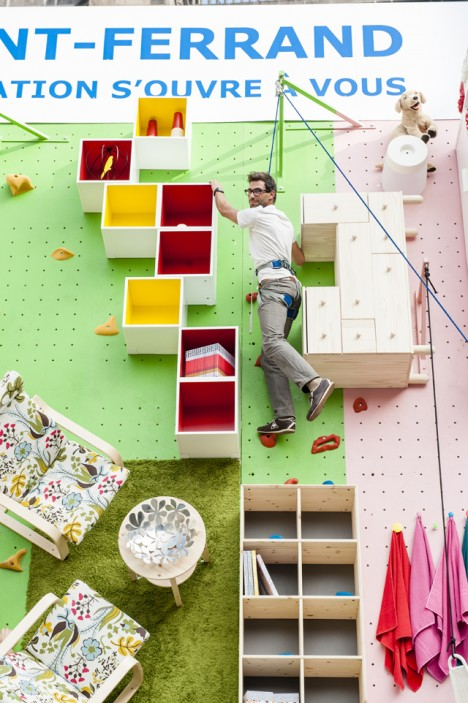 vertical climbing wall apartment