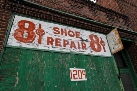 8 Cents shoe repair store Peoria 1