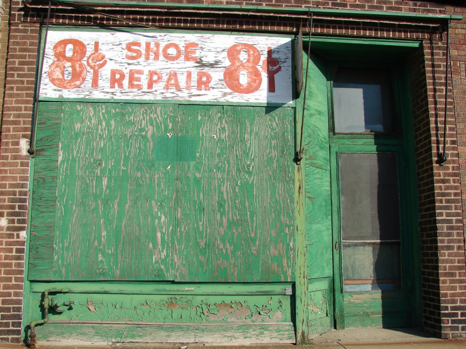 8 Cents shoe repair store Peoria 2