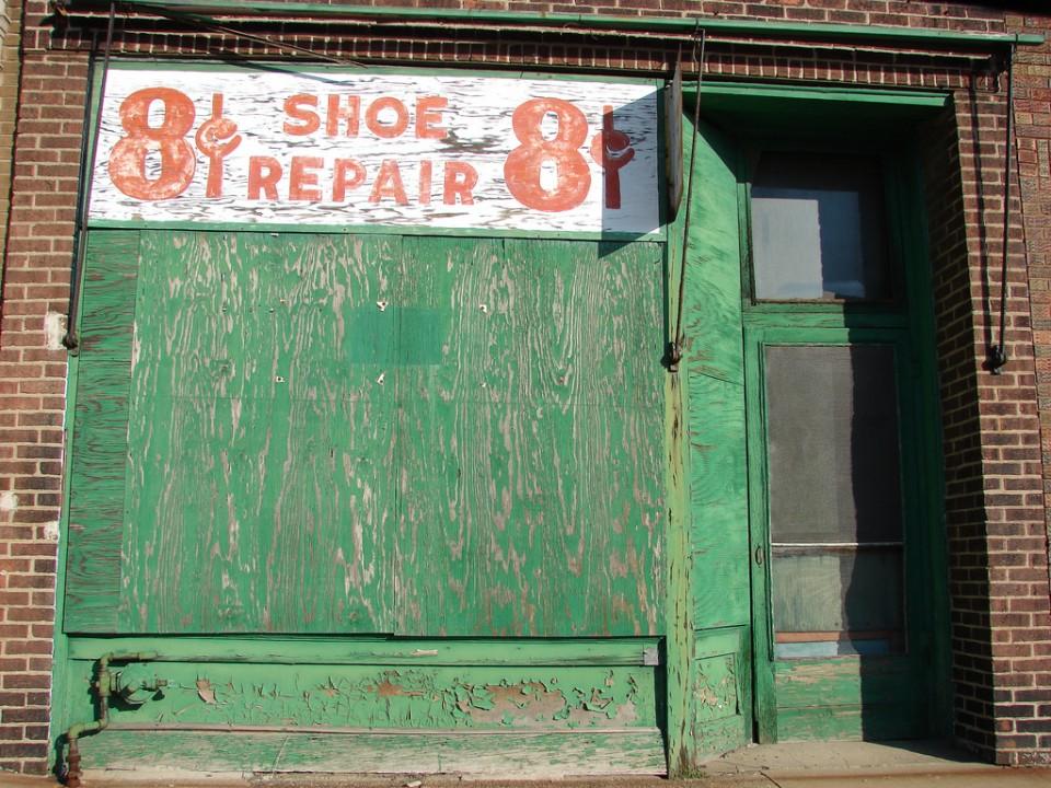8 Cents shoe repair store Peoria 2