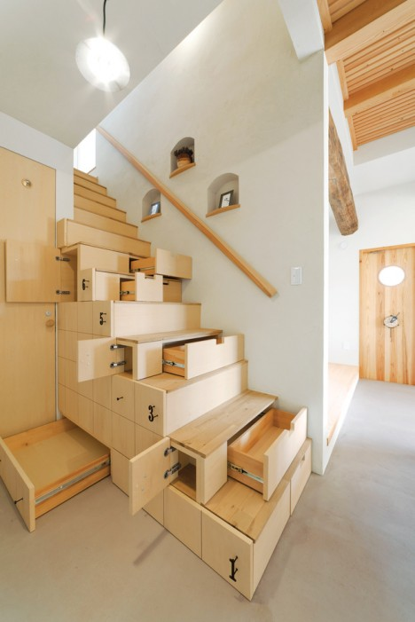 Compact Stairs Storage Drawers