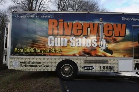 Riverview Gun Sales closed 1