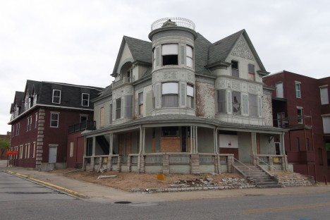 abandoned Soller-Baker Funeral Home 1