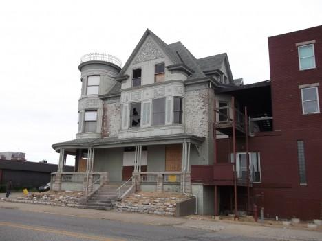 abandoned Soller-Baker Funeral Home 2