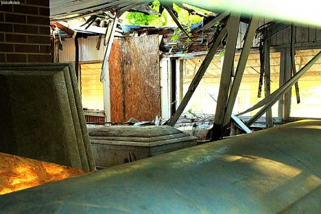 abandoned Ward's Funeral Home Opelika 3
