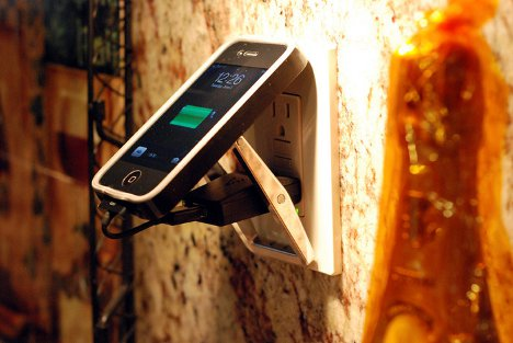 belt buckle phone charger 2