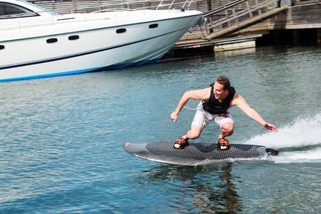 electric wakeboard 1