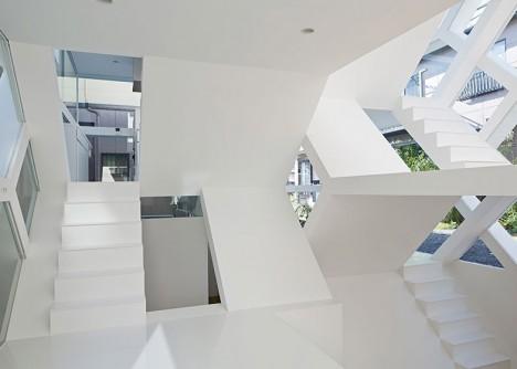 see through house design