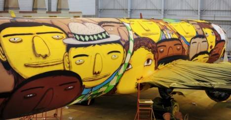 Large murals Boeing 737 2