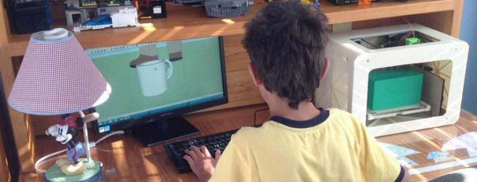 POIEO3D family-friendly 3D printer