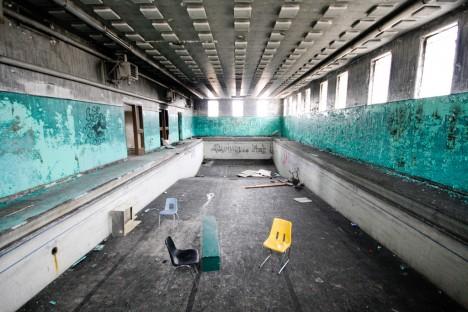 abandoned camp 30 pool blue