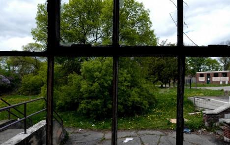 abandoned camp 30 windows