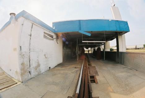 abandoned-car-wash-hempstead-1