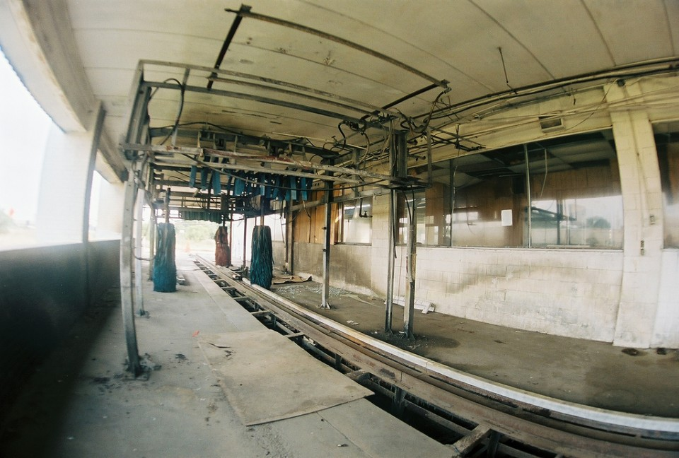 abandoned-car-wash-hempstead-2