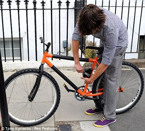 futuristic bending bicycle 2