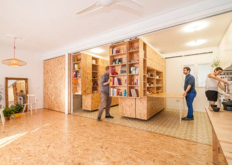 Split & Slide: Modular Dividers Make 3 Rooms in Single Space ...