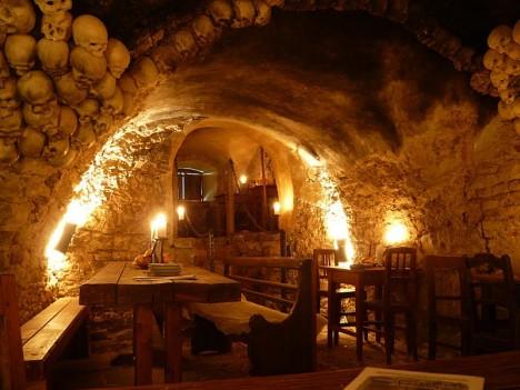Amazing Restaurants Medieval Tavern 2