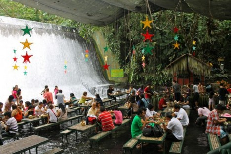 Amazing Restaurants waterfall 3