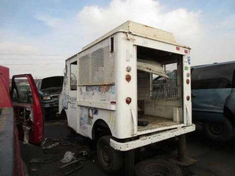 abandoned ice cream truck 12c