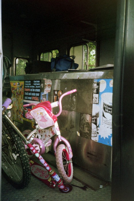 abandoned ice cream truck 7d
