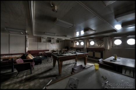 abandoned_pool_table_Russian_ship