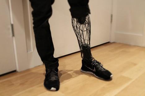 exoskeleton design prosthetic leg 1