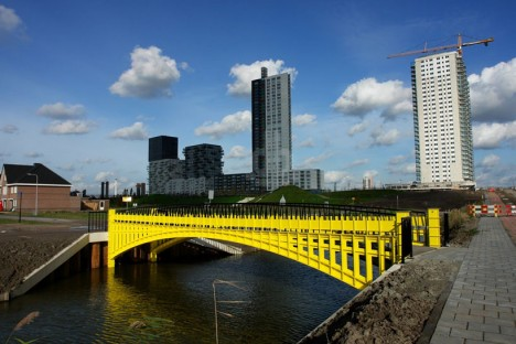 fictional bridge really built