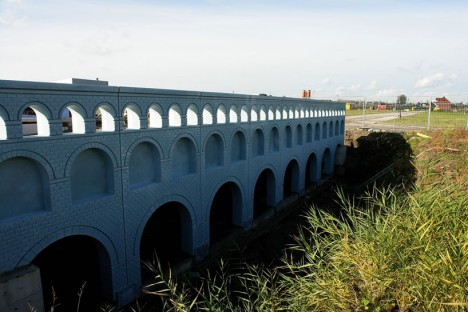 fictional crossing aquaduct style