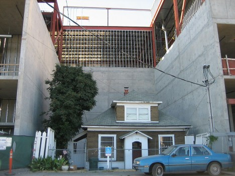 holdout houses up seattle
