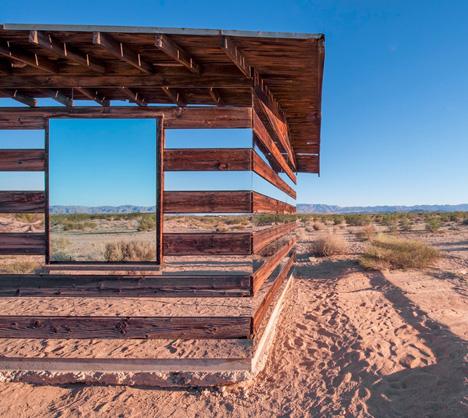 mirror buildings desert cabin 1