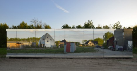 mirror houses selbing 2