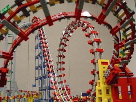 strange LEGO rollercoaster
