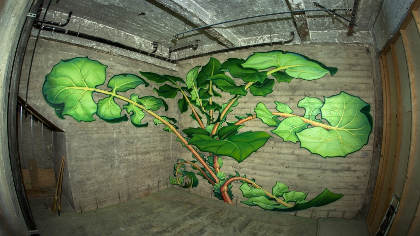hand grown murals watch as plant paintings take over walls urbanist. Black Bedroom Furniture Sets. Home Design Ideas