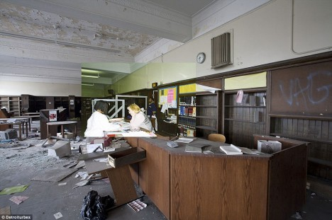 abandoned library 1a