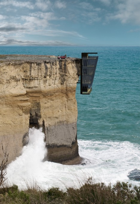 Dangling Modular Cliff House