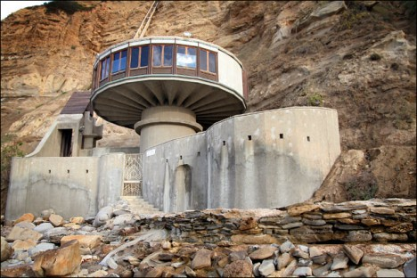 cliff houses mushroom 1