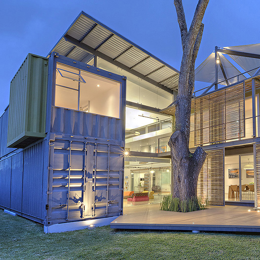 Casa Cargo Containers Frame Photographer S Sustainable