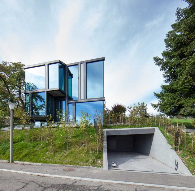 Don t throw stones modern glass house is super sharp for Architecture originale maison
