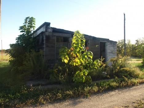 abandoned motel 1b