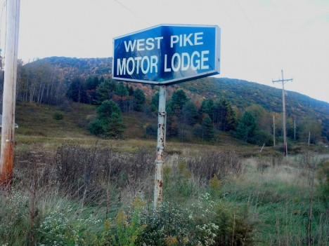 abandoned motel 2a